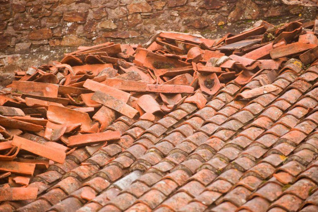 league-city-roofing-experts-emergency-roof-repair-1_orig