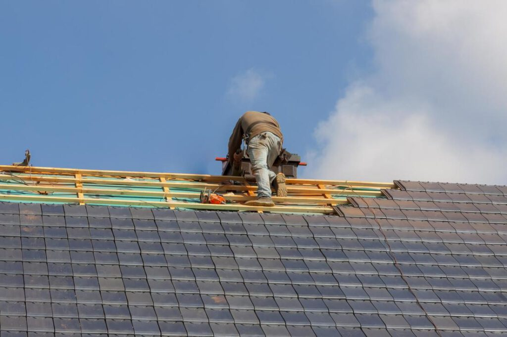 league-city-roofing-experts-roof-repair-and-maintenance-2_orig